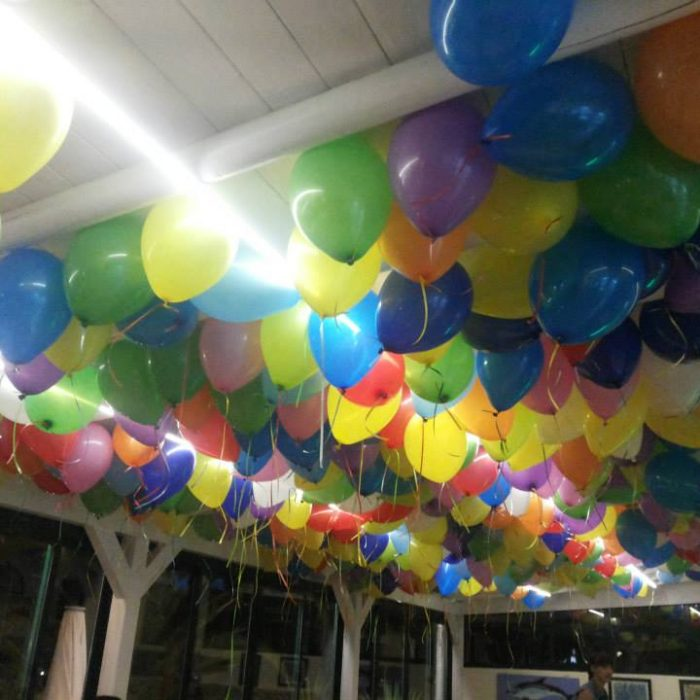 Balões cheios com hélio