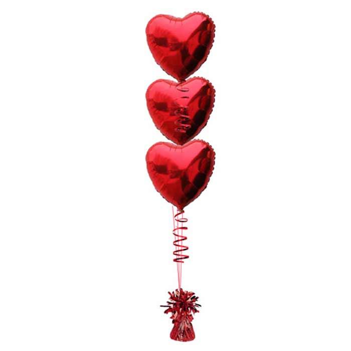 Centro de Mesa com 3 balões em coração.